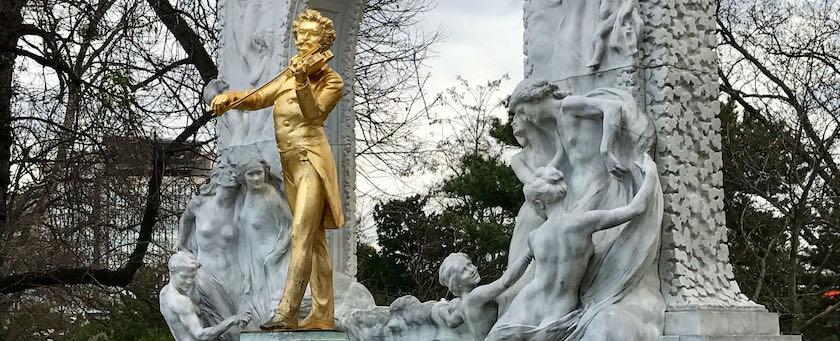 Johann Strauss statue (Stadtpark, Vienna)